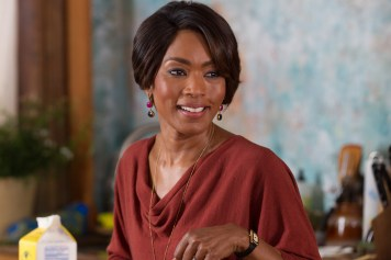 Angela Bassett told lie to get role in Black Nativity