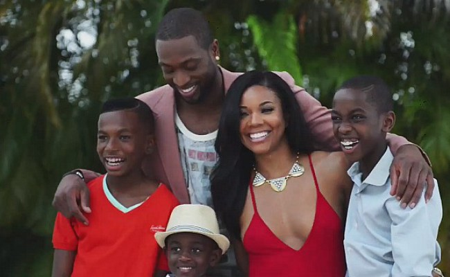 Dwyane Wade Fathers Third Child During Break From