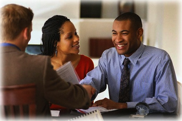 7 Financial Habits That Keep Black People From Economic