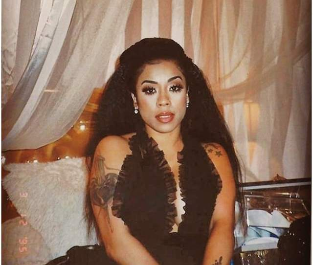 Keyshia Coles Glamorous Shot Sparks Fan Comparisons To Lisa Left Eye Lopes