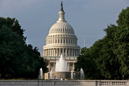 Capitol_building_July.jpg