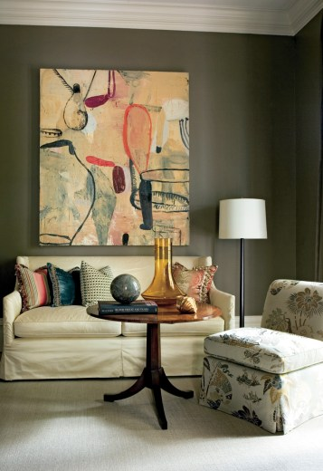 30) Robert Brown melds traditional furniture with contemporary colors and art.