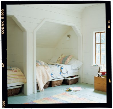 46) This cozy sleeping alcove, designed by Craig Kettles, harkens to a bygone era.