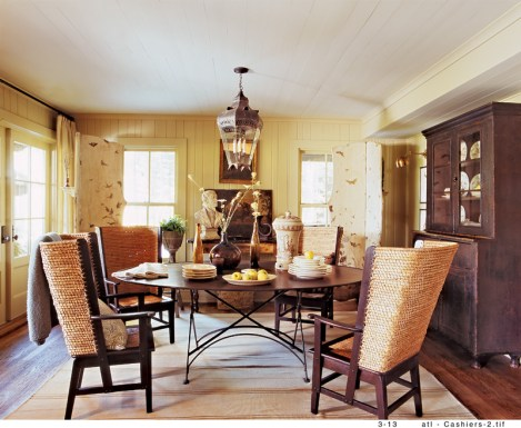 52) Carolyn Malone's fresh take on this dining room in Cashiers, North Carolina, puts a new spin on mountain style.