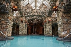 The 43,000-square-foot subterranean spa was purposely designed as to not obstruct mountain views for guests.