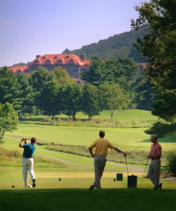 If you take your tee time with 6,400 yards worth of sweeping views, then this course is for you.