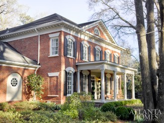 Aarati and Peter C. Alexander's historic Brookhaven abode played host to an intimate dinner party as part of the High Museum Wine Auction's Winemaker Dinner series.
