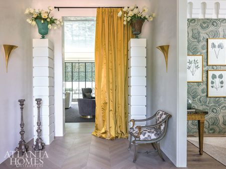 French accented foyer