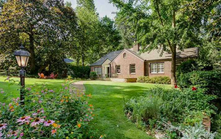 1950 Built Atlanta Home In Druid Hills