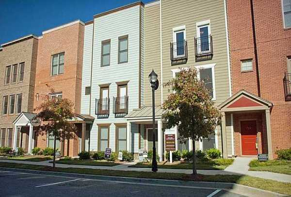 Brock Built Townhomes The Commons