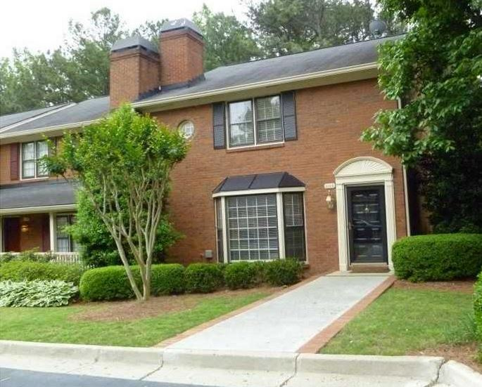 The 2 Neighborhoods of Vinings Ridge in Cobb County - Atlanta Zones