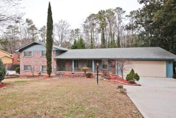 Decatur GA House In Oak Grove