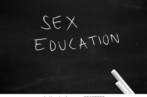 sex education 260nw 604370591
