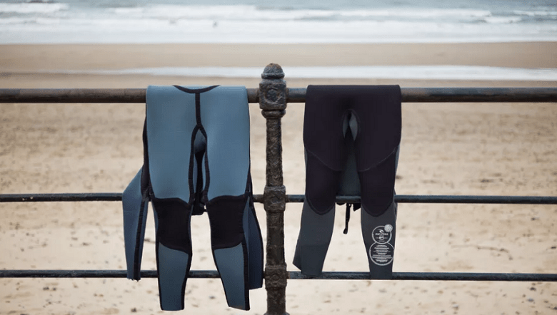 how to clean a wetsuit