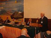 Abb. 8 Das Highlight des Jahres 2008 war die Internationale Konferenz in Sarajevo, die unter Leitung des ägyptischen Pyramiden-Experten Dr. Nabil Swelim (rechts) abgehalten wurde.