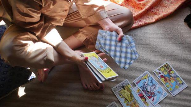 Como o Tarot mudou o dia-a-dia de uma autista!