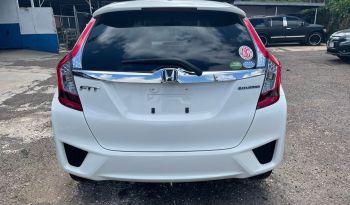 2016 Honda Fit (white) full