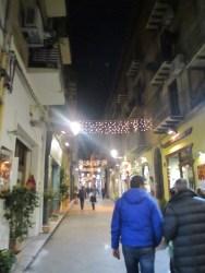 Straßen von Cafalù bei Nacht