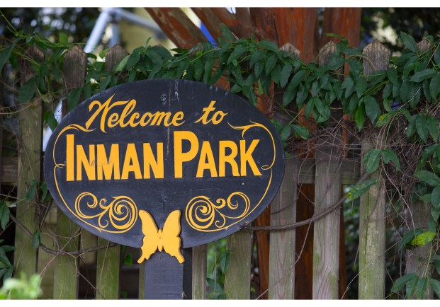 small welcome sign - inmanpark-walkingtourlre-welcome sign 009