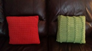 pillows red green