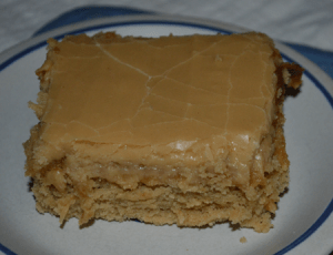 Peanut-Butter-Sheet-Cake