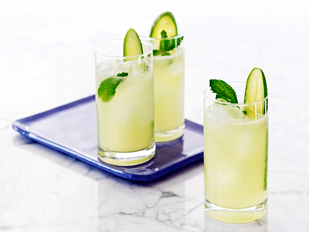 Bobby Flay's Cucumber cocktail reciepe