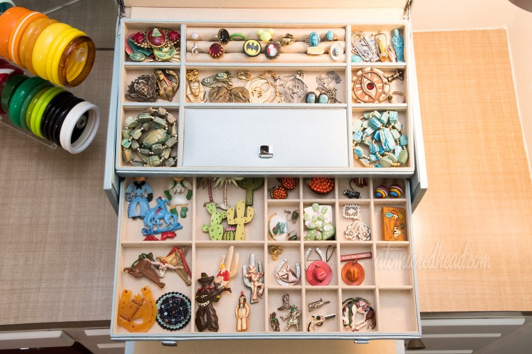 Jewelry storage using a new jewelry box