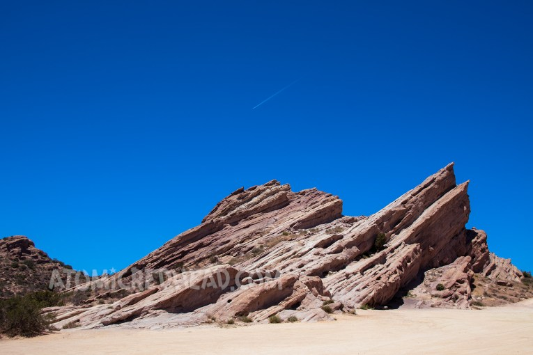 Vasquez Rocks, high jagged peaks.