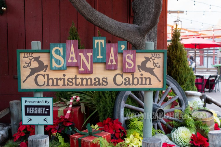 Sign for Santa's Christmas Cabin.