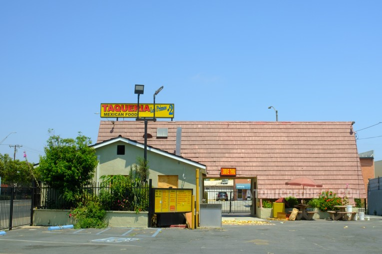 Originally a Wienerschnitzel, today it is an independent taco place.