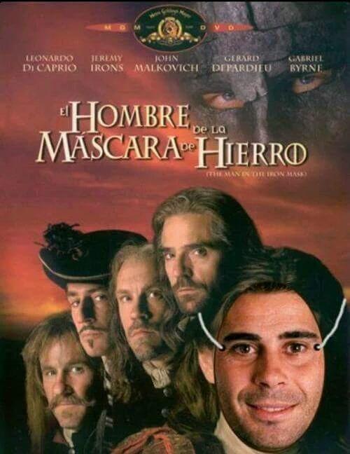 El hombre de la máscara de Fernando Hierro