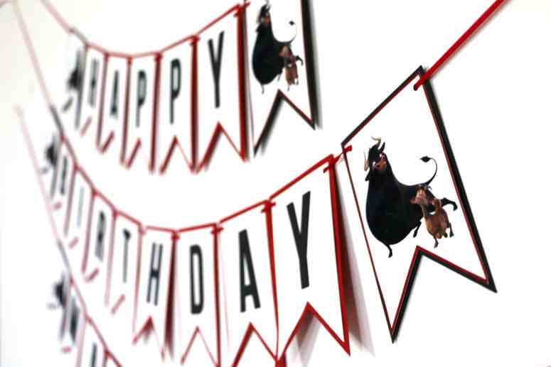 Ferdinand Party Decorations: Happy Birthday Banner