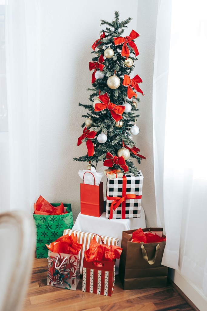Christmas Party Decor and Ideas