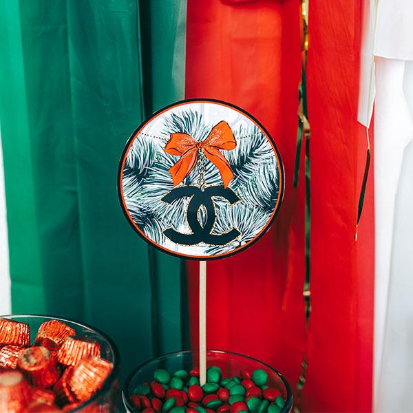 Favorite-Things-Holiday-Party-Circles