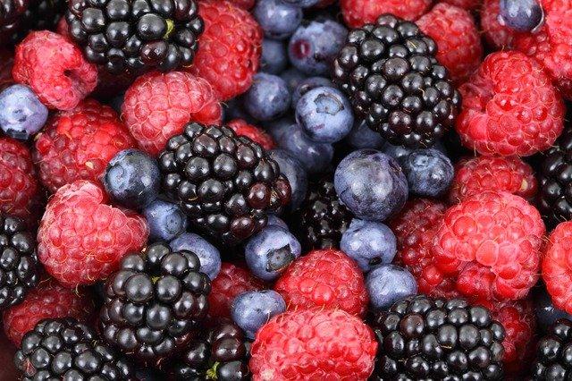 fruits rouges, fruits les moins sucrés