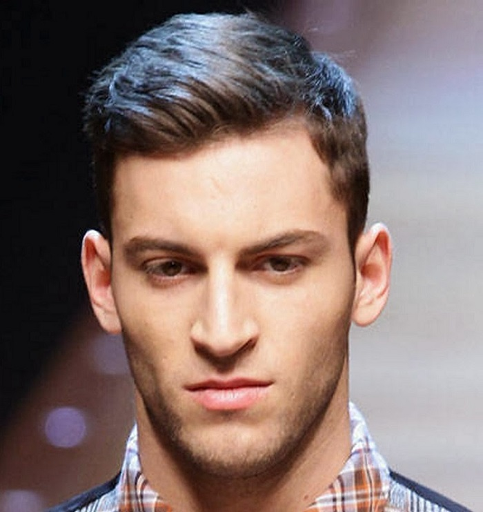 20 Best Hairstyles For Men With Round Faces AtoZ Hairstyles