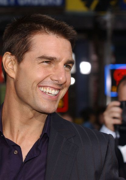 Tom Cruise's Daughter Isabella Shows New Buzz Cut on 21st