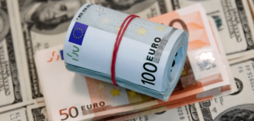 How Does Eurozone GDP Figures Impact EURUSD?