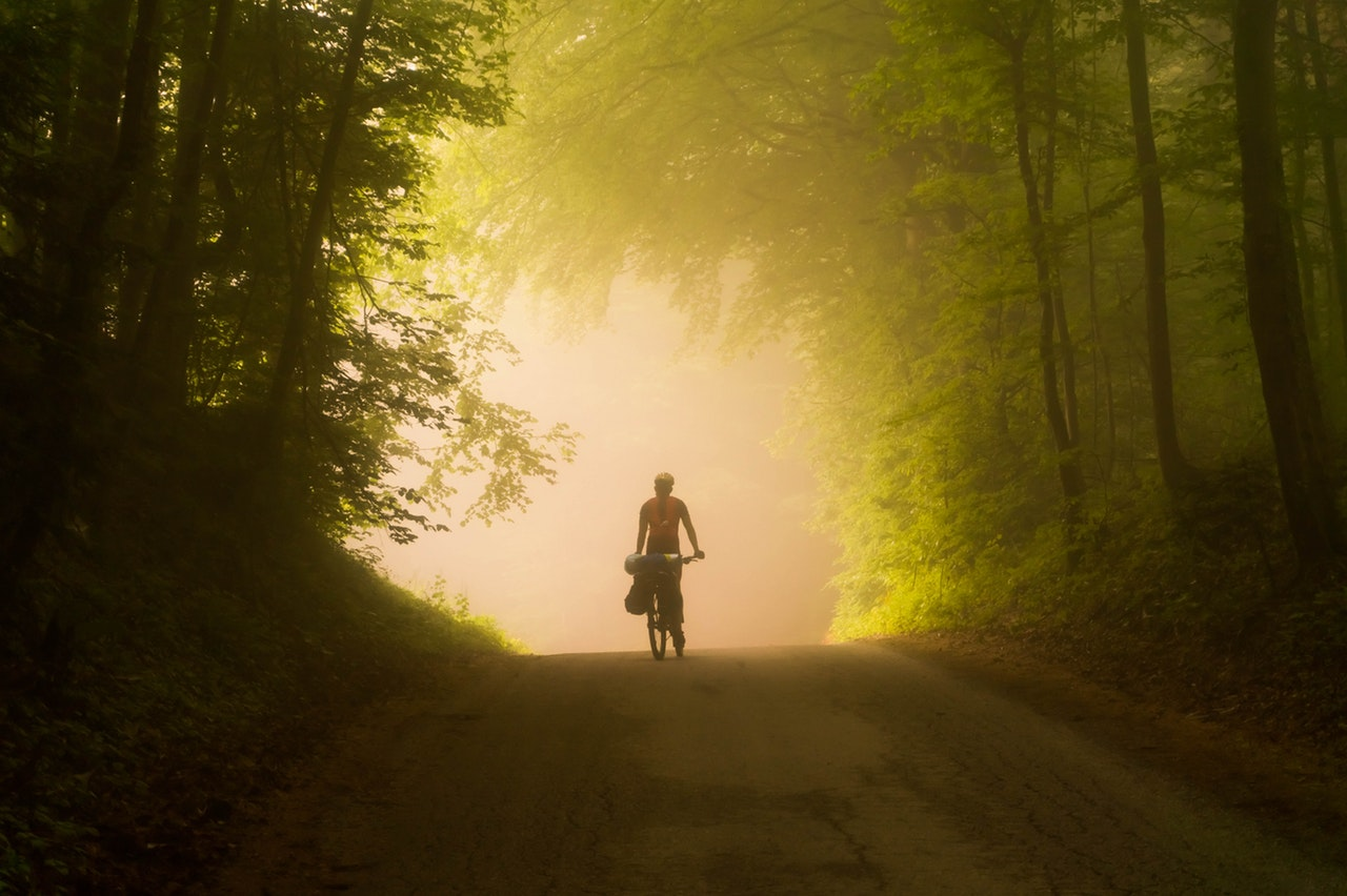 riding bicycle atozmomm.com