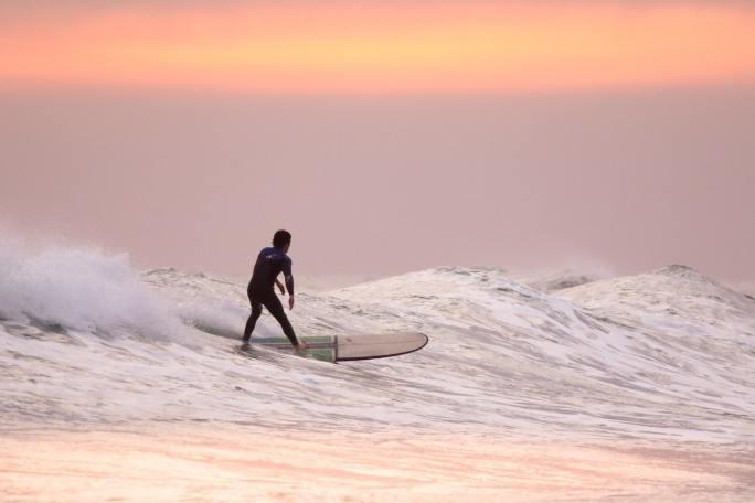 surfing www.atozmomm.com