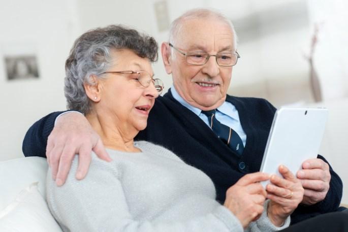 tablets for seniors www.atozmomm.com
