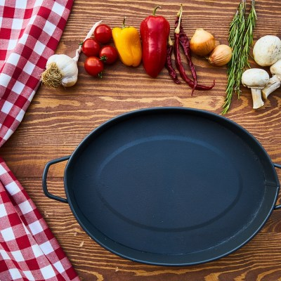 6 Natural Cookware Options For the Real Food Kitchen