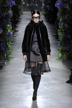 Ready_to_Wear_Fall_Winter_2011_12_Givenchy_Paris_March_2011