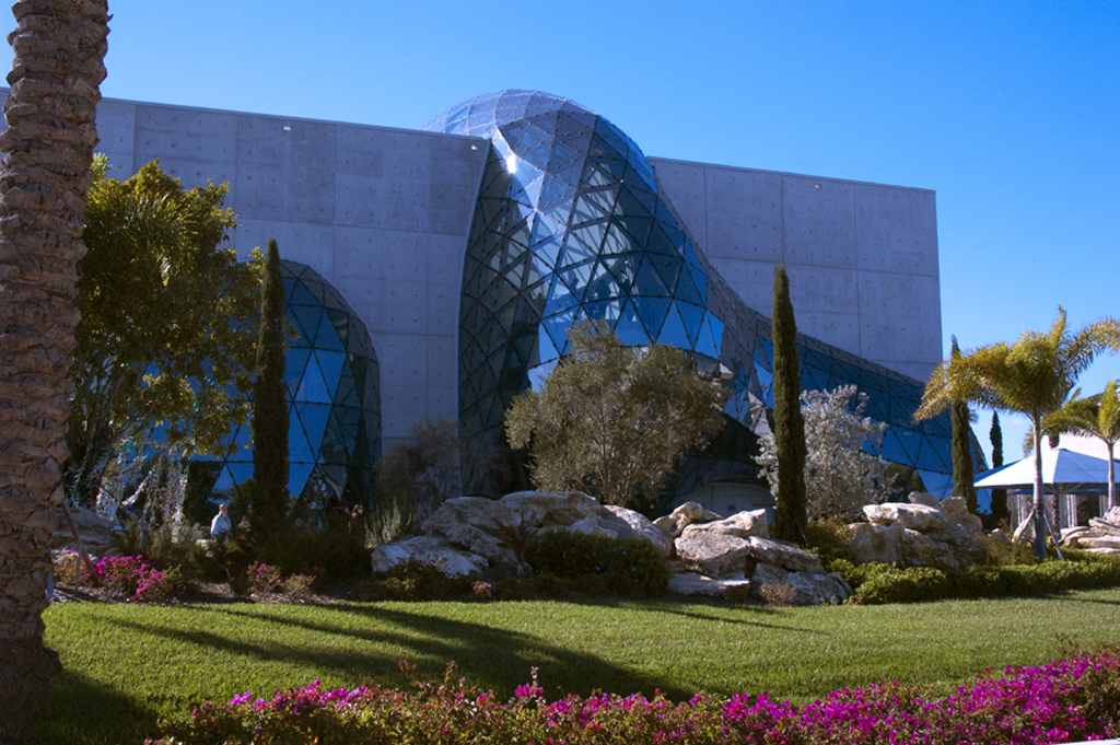 Things to Do in Tampa Bay: Dali Museum in St. Petersburg