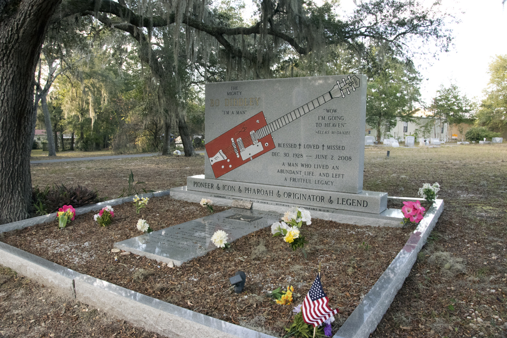 Gravesite of Bo Diddley in Bronson, Florida