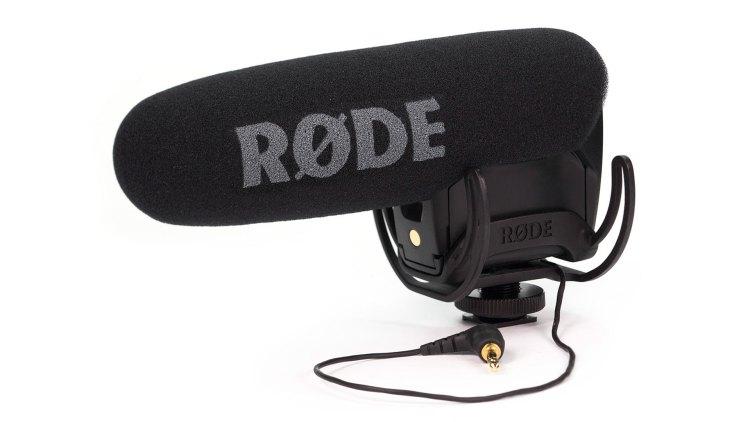 Filming a car: Rode VideoMic Pro
