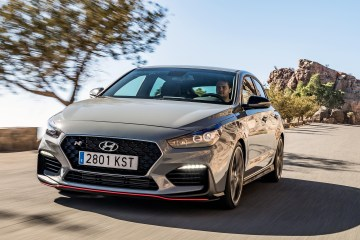 Hyundai i30 Fastback N review in Gran Canaria with Ben Griffin at the wheel