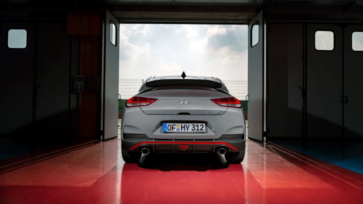Hyundai i30 N Performance Fastback rear end and dual-exit exhaust system