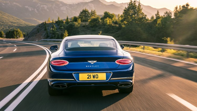 Bentley Continental GT review (2019): Rear end with the dual-exit exhaust system and rear lights