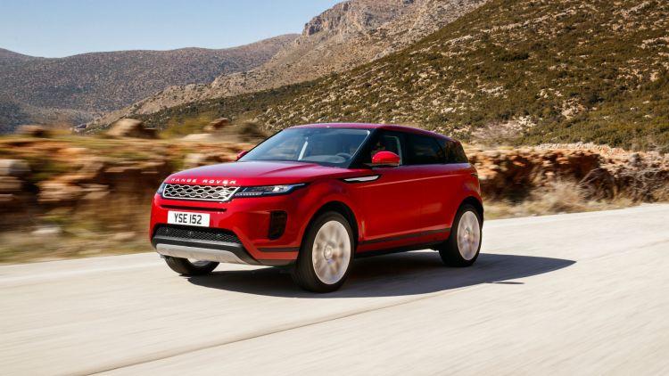 Range Rover Evoque (2019) review: Cruising along in mainland Greece
